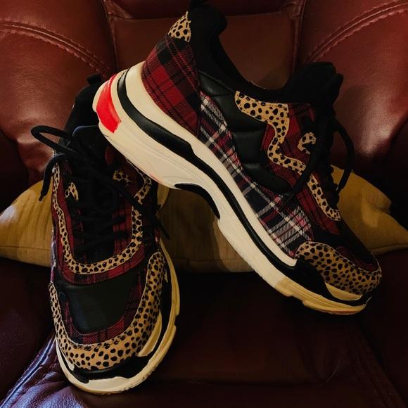 Jessica Simpson Shoes - Jessica Simpson platform sneakers